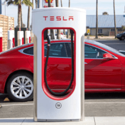Tesla: The Bull Case, The Bear Case, And My Case That Charlie Munger Seems To Be Agreeing With